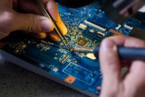 ремонт материнской платы ноутбука